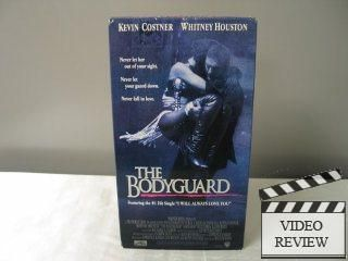 The Bodyguard VHS 1993 Whitney Houston Kevin Costner 085391259138