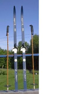 Cross Country 57 Skis KARHU 150 cm Long Waxless Poles