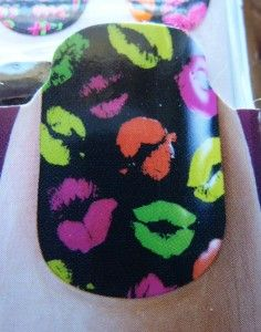 Kiss Stick on Strips Nail Dress Art Stickers Appliques Decals Black