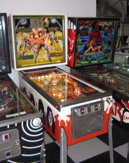 KISS PINBALL MACHINE ~ BEAUTIFULLY RESTORED w NEW PLAYFIELD, BACKGLASS