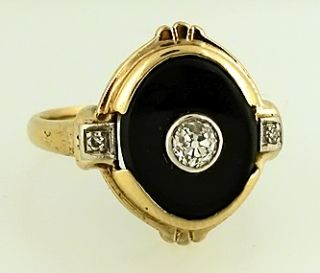 Ladies Vintage Black Onyx Diamond Ring CA 1940s
