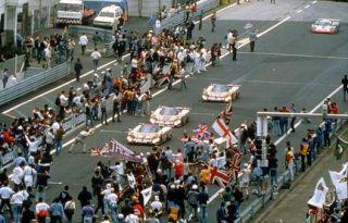 Exoto 1/18 Jaguar XJ R9 LM #2 Winner 1988 LeMans Silk Cut MTB00104FLP
