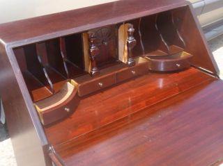 Nice Antique Mahogany Governor Winthrop Desk