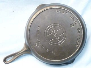 Beautiful Old Griswold Erie PA #8 Cast Iron Skillet Large Logo Heat