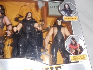 WWF Wrestling Action Figure Set Mankind Undertaker Paul Bearer