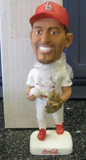 2001 St Louis Cardinals SGA Fernando Viña Bobblehead Gold Glove