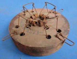 Mouse Trap Easy Setting Choker Lovell Mfg Co Erie PA 4 Hole