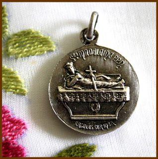 Catholic Medal ✿ OUR LADY OF LIFE ✿ ST. MARY MAGDALENE ✿ Lovely