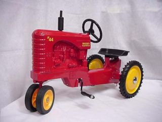 Massey Harris 44 Pedal Tractor by Scale Models NIB 2001 Collector