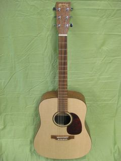 Martin Easy Play Acoustic Guitar w Case Strap Strings and Picks