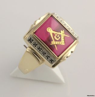 Blue Lodge Masonic Ring   10k Yellow Gold Syn Red Spinel Masons Square
