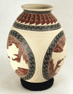 Mata Ortiz Pottery by Hector Quintana Bird and Prey
