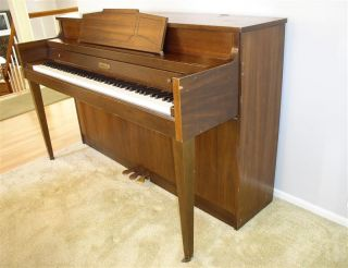 80s Kimball Jasper American Upright Console Piano w Bench Lovely Tone