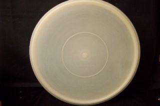 Tupperware Large Round Pie Cookie Saver Keeper