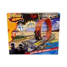 Features of Team Hot Wheels Electric Loop Speedway Slot Car Racing