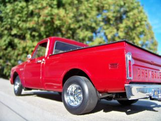 18 Detroit Diecast Custom Cragar HY61 Burgundy Red 1972 Chevrolet C