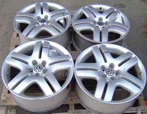 01 11 VW Jetta Rims 17 10 Spoke Wheels Set of 4
