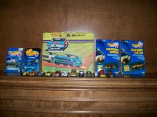 HOT WHEELS COLLECTION 16 CARS 4 NOS MOST 1970S W/ COLLECTOR CASE