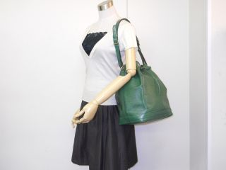 Used Louis Vuitton Epi Green Noe Shoulder Bag Auth Free EMS Shipping
