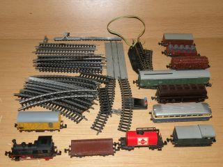 Spur N Trix   kleine Dampflok mit diversen Wagons und Schienen + Trafo