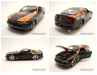 Ford Mustang GT 2011 Harley Davidson schwarz/orange, Modellauto 124