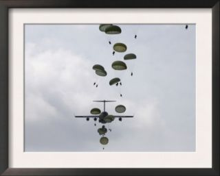 August 21, Army Soldiers Jump out of a C 17 Globemaster III Posters by Stocktrek Images