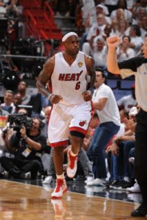 Dallas Mavericks v Miami Heat   Game One, Miami, FL   MAY 31 LeBron James Photographic Print by Andrew Bernstein