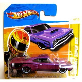 Hot Wheels Dodge Coronet Super Bee 1969 purple 164