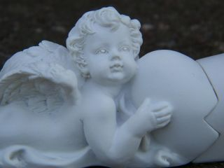 Engel Putte Broken Heart Liebe gebrochenes Herz Deko
