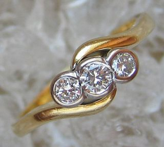 Schmuck 18kt 750 Gold Ring mit Brillant Ring Diamant Ring 357