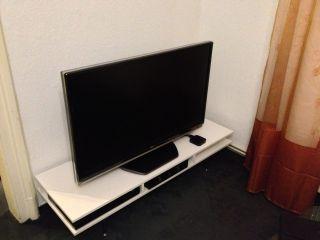 46 LCD TV Toshiba Regza, 46 Zoll, Full HD, 1080p, 46ZF355D, 116,8 cm