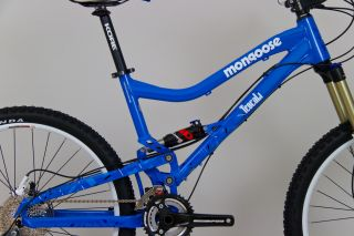 Mongoose Teocali Elite Bike All Mountain RS Sektor FSA