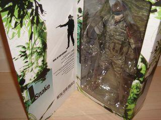 Medicom RAH Snake Eater Tiger Stripe Camo Metal Gear Solid 3 12