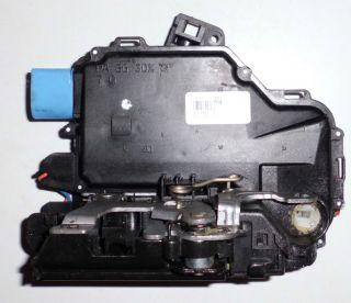 VW /SKODA TÜRSCHLOSS VORNE LINKS 3B1837015AR