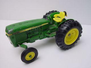 Large ERTL Die cast John Deer Tractor No.584