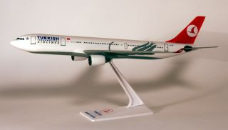 Turkish Airlines Airbus A330 200 1:200 FlugzeugModell NEU