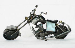 Harley Davidson Motorrad Modell aus Schrauben 29 Metall