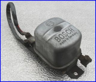 VW Käfer, Ovali, 60er, 1 Regler, org. BOSCH Teil, 7V 50AH, made in