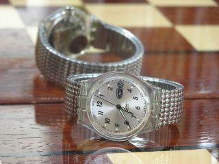 Swatch Armbanduhr Rain Drop GK723 Uhr Sammleruhr 1998
