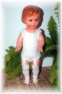 zauberhafte Celluloid Puppe Bruno Schmidt, Dirndl, Schuhe, Weihnachten