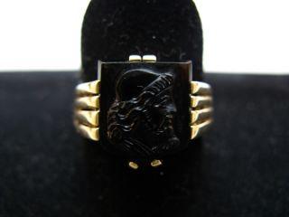 R847 660er 15,8kt Gelbgold Ring Siegelring Wappenring Wappen mit alten