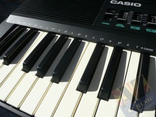Casio Casiotone CT 607 Electronic Keyboard 210 Sound Tone Bank