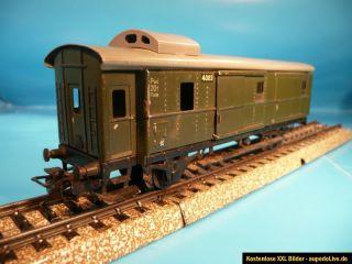 Märklin H0 4041 Metall Gepäckwagen mit Schlußlichtern, passend z