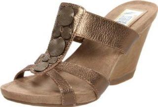 Dr. Scholls Womens Happening T Strap Sandal,Bronze,9.5 M US: Shoes