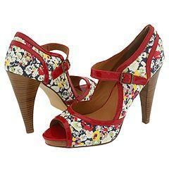 Steve Madden Reede Red Multi Pumps/Heels