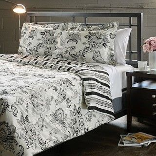 Cordoba Black Full/ Queen size 3 piece Comforter Set