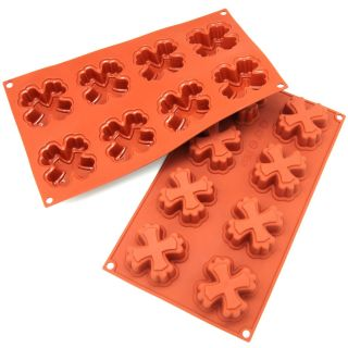 Freshware 8 cavity Cross Cake Silicone Mold/ Baking Pans (Pack of 2