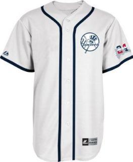 MLB Mens New York Yankees Robinson Cano Signature Series