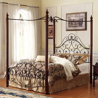 Madera Deco Eastern King size Canopy Metal Bed