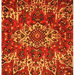 Persian Hand knotted Red Bakhtiari Wool Rug (115 x 102)